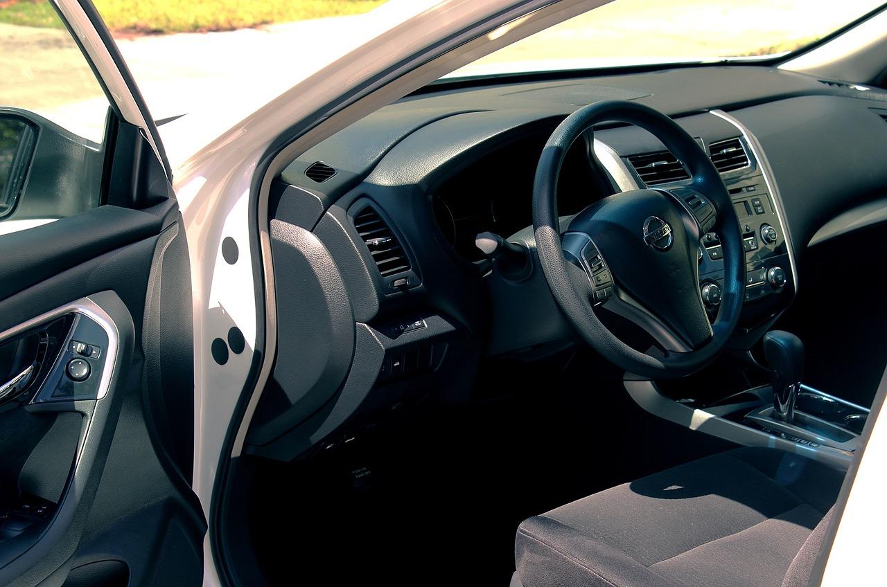 Na czym polega leasing samochodowy? Skoda rapid i nissan qashqai w leasingu