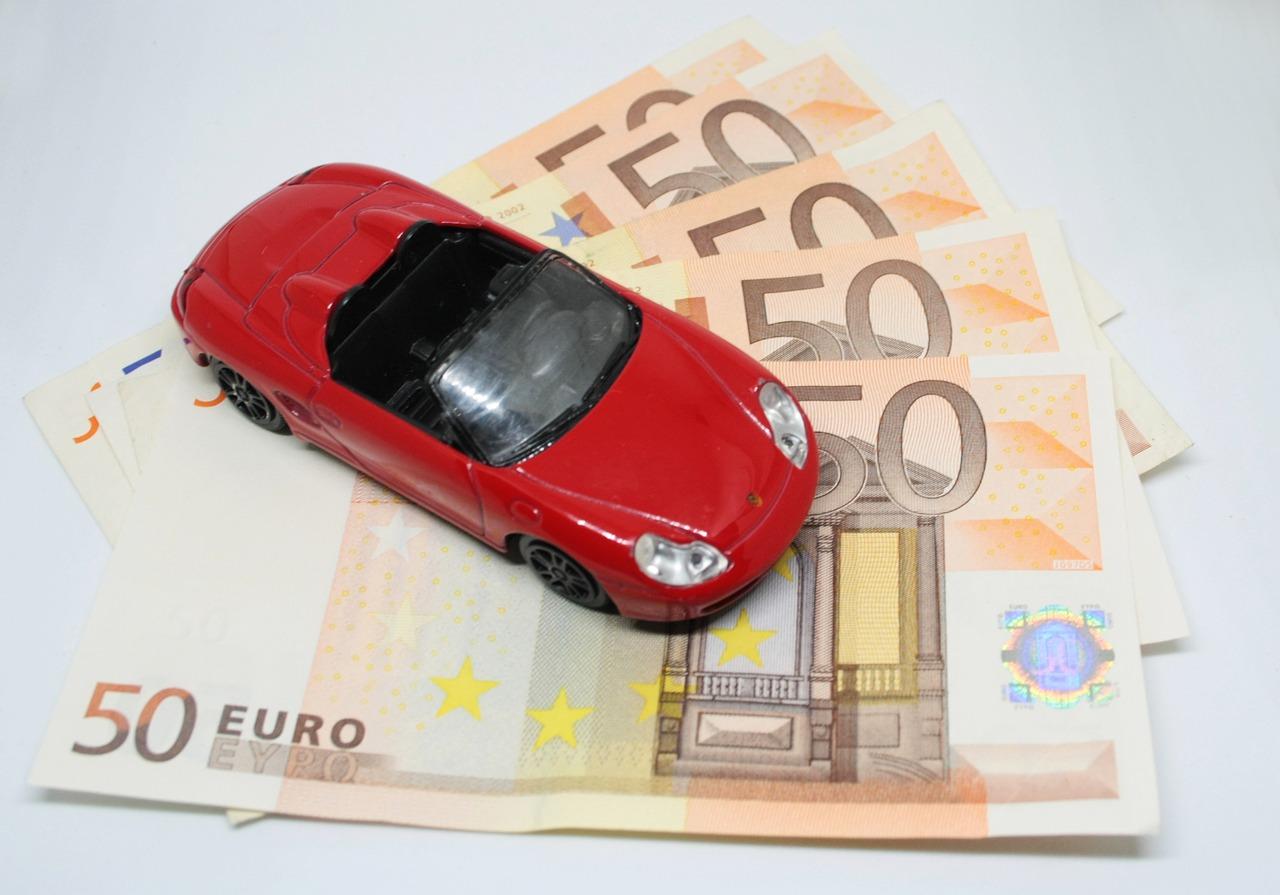Pieniądze za samochód – Pożyczka pod zastaw samochodu. Kredytowy doradca w warszawie